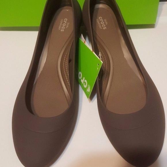 c51ca74c9b Crocs Shoes | Nwt Lina Wedge Espresso 10 | Poshmark